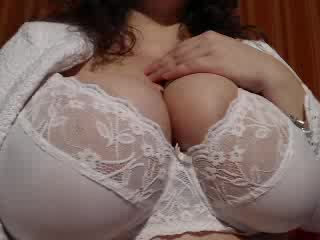 Chat with Pamela69 – Mature Cougar bib boobs on sex cam
